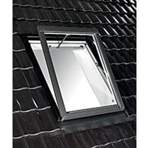Designo-R5-krovni-prozor-za-sisteme-odvođenja-dima-i-toplote