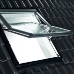 Designo-R7—Top-Swing-krovni-prozor2